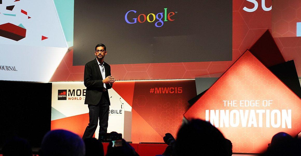 Szef Google Sundar Pichai podczas Mobile World Congress w Barcelonie w 2015 roku. Fot. Maurizio Pesce, flickr.com (CC BY 2.0, https://www.flickr.com/photos/pestoverde/16928752317/)