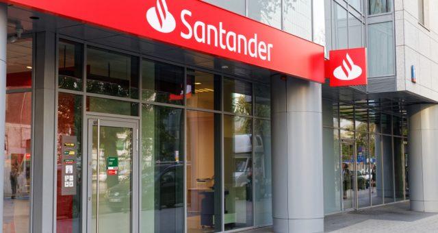santander / shutterstock.com