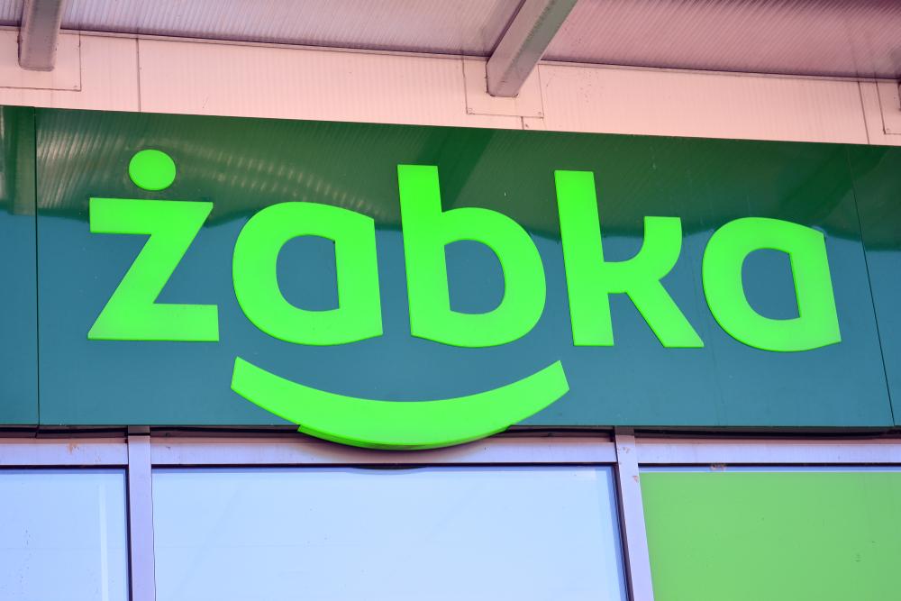 Żabka / Shutterstock.com