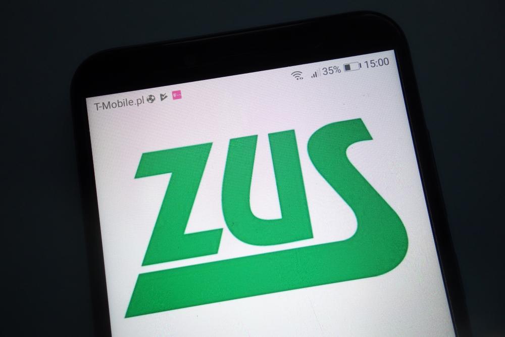 ZUS / Shutterstock.com
