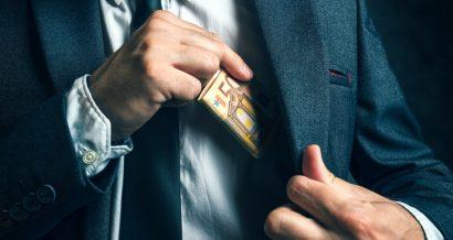 Korupcja. Fot. igorstevanovic / Shutterstock.com