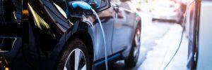 Samochód elektryczny / Shutterstock.com