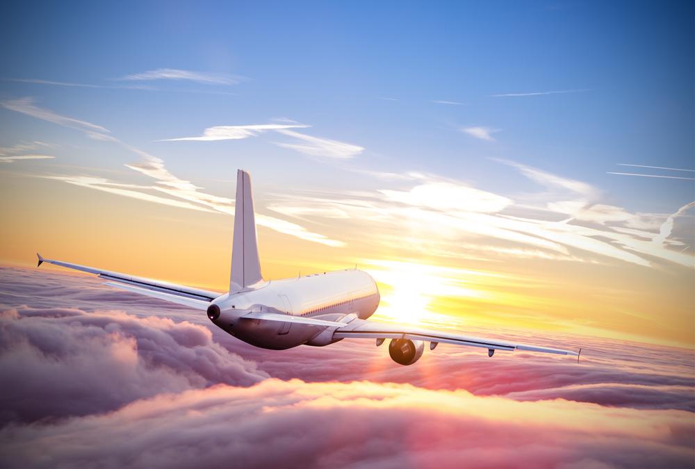 Samolot / Shutterstock.com