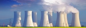 Elektrownia atomowa / Shutterstock.com