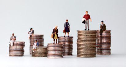 Społeczeństwo i bogactwo. Fot. Shutterstock