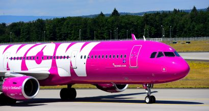 Wow air / shutterstock.com