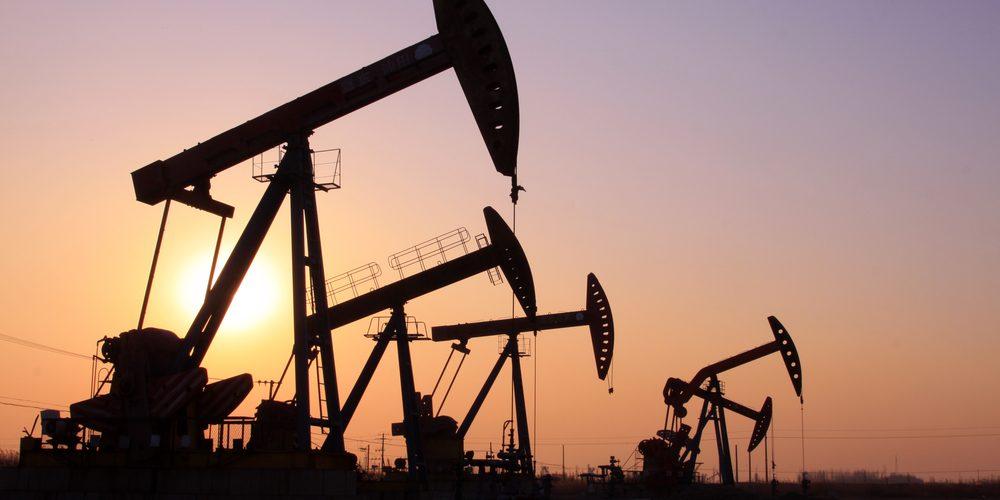 Wydobycie ropy naftowej, Fot. Shutterstock