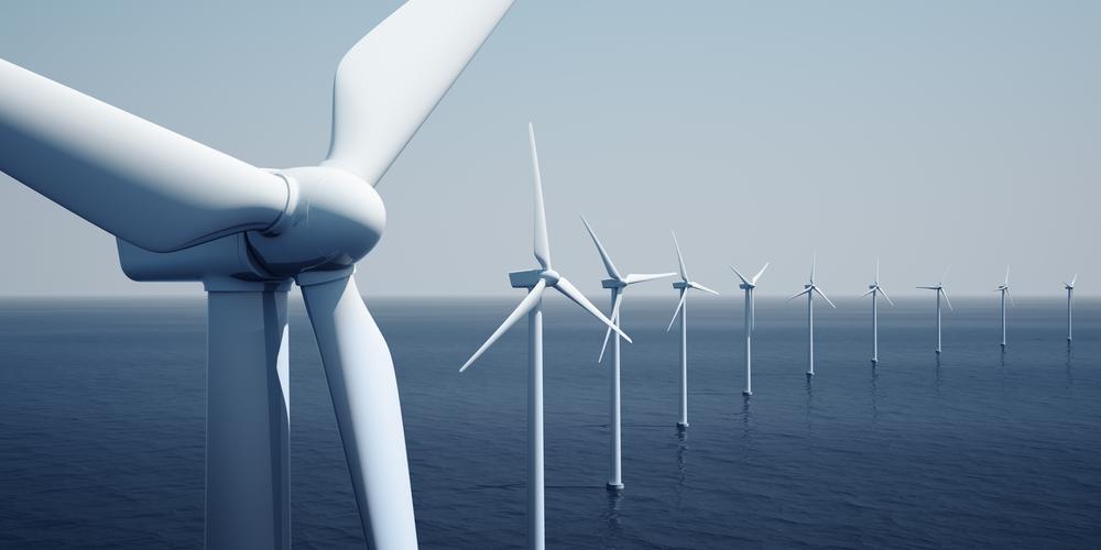 Farma wiatrowa na oceanie, Fot. Shutterstock.com