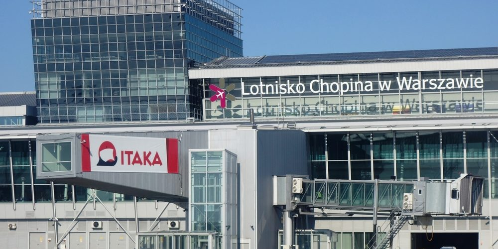 Lotnisko Chopina / shutterstock.com