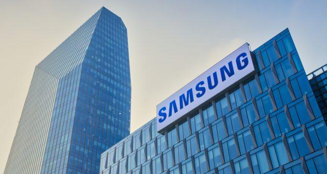 Budynek Samsunga, Fot. Arcansel / Shutterstock.com