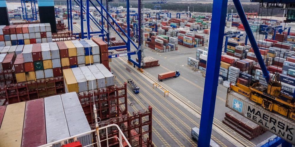 Port w Gdańsku, Fot. Piotrwoz / Shutterstock.com