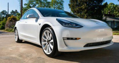 Tesla Model 3, Fot. TierneyMJ / Shutterstock.com