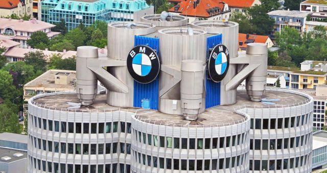 BMW, Fot. Artorn Thongtukit / Shutterstock.com