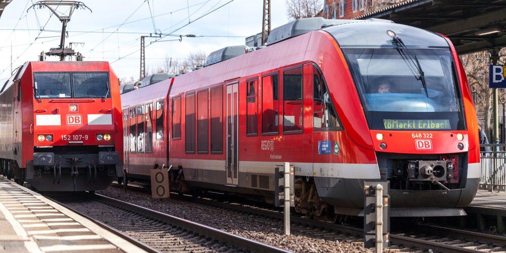 Pociągi Deutsche Bahn, Fot. Joerg Huettenhoelscher / Shutterstock.com