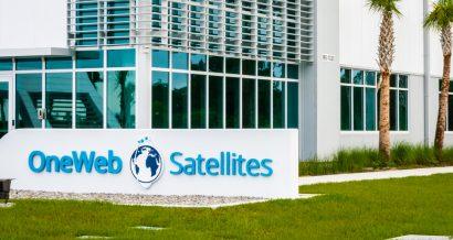 OneWeb Satellites, Fot. Thomas Kelley / Shutterstock.com