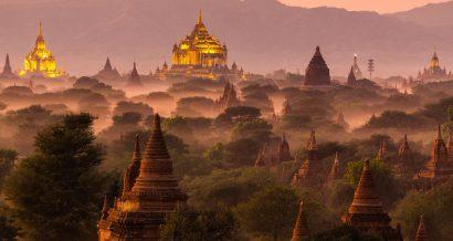Widok na Bagan w Mjanmie, Fot. Shutterstock.com