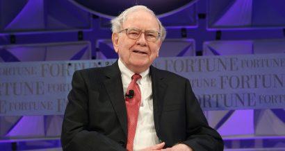 Warren Buffet / shutterstock.com