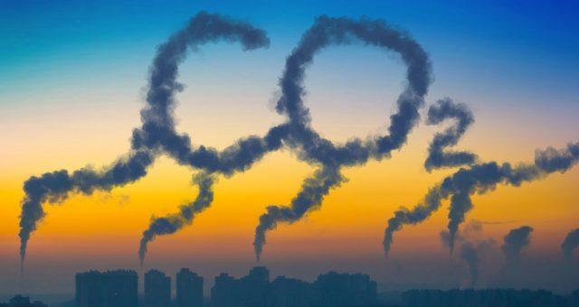 Dwutlenek węgla, CO2. Fot. Shutterstock