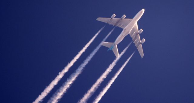 Samolot pasażerski, Fot Shutterstock.com