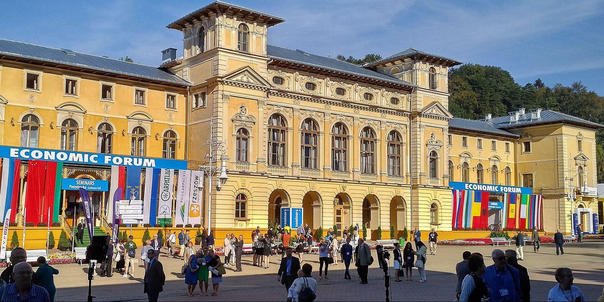 Forum Ekonomiczne w Krynicy - Stary Dom Zdrojowy (Fot. Tralalando - Praca własna, CC BY-SA 4.0)