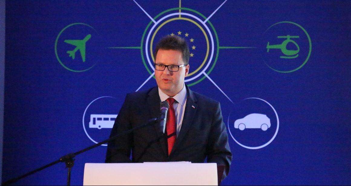 Andrzej Bittel, sekretarz stanu w Ministerstwie Infrastruktury, pełnomocnik rządu ds. przeciwdziałania wykluczeniu komunikacyjnemu. Fot. domena publiczna