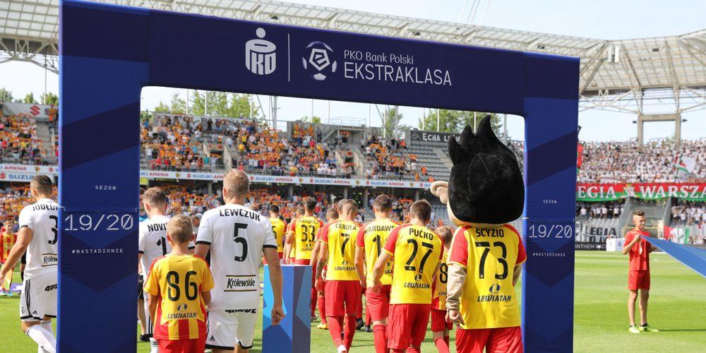 Mecz PKO Ekstraklasy, Fot. Marcin Kadziolka / Shutterstock.com