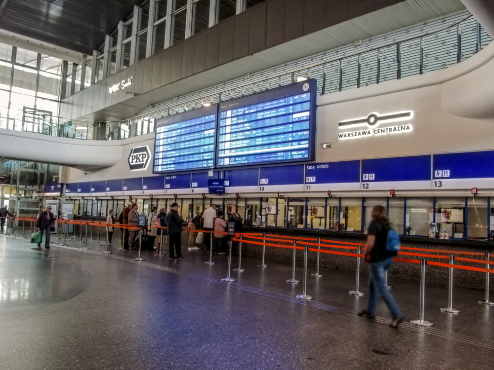 Dworzec Centralny / shutterstock.com