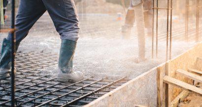 Wylewka betonu, Fot. Shutterstock.com
