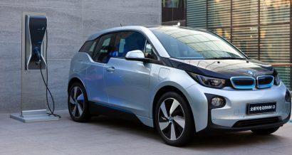Samochód elektryczny BMW i3. Fot. testing / Shutterstock.com