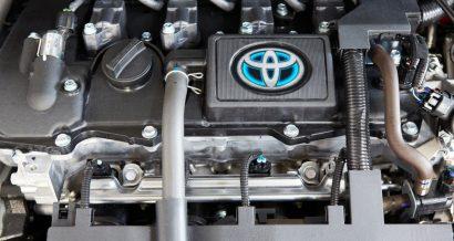 Hybrydowy silnik Toyoty. Fot. stockphotostudio / Shutterstock.com