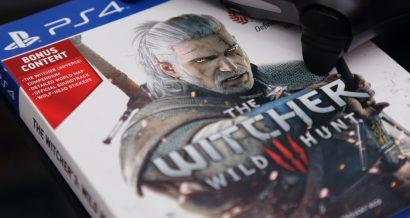 Gra Wiedźmin 3: Dziki Gon wydana przez CD Projekt. Fot. charnsitr / Shutterstock.com