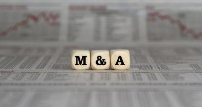 Rynek M&A, mergers&acquisitions, fuzje i przejęcia. Fot. Shutterstock