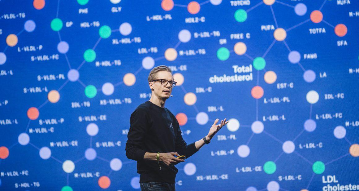 Teemu Suna, CEO Nightingale Health, podczas konferencji Slush 2019 w helsinkach. Fot. (C) Sami Heiskanen