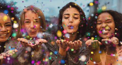 Millennialsi, kobiety, młodość. Fot. Shutterstock