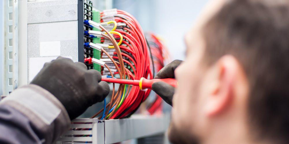 Elektryk, Fot. Shutterstock.com