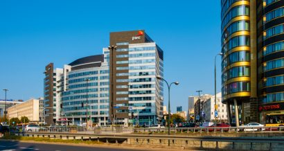 Budynek PwC w Warszawie. Fot. ArtMediaFactory / Shutterstock.com
