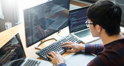 programista, fot. Shutterstock.
