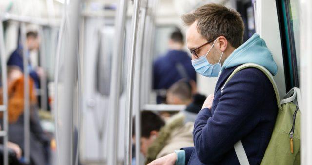 Zagrożenie koronawirusem we Włoszech, Fot. Shutterstock.com